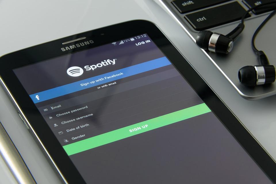 spotify çalma listesi hazırlamak
