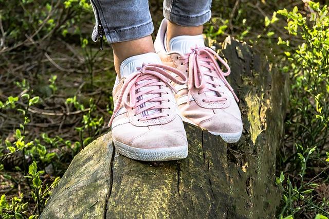 ilginç fal bakma yöntemleri ayakkabı falı